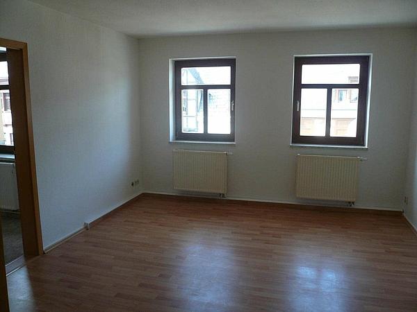 gemütliche 3-Raum-Maisonette - Wohnzimmer
